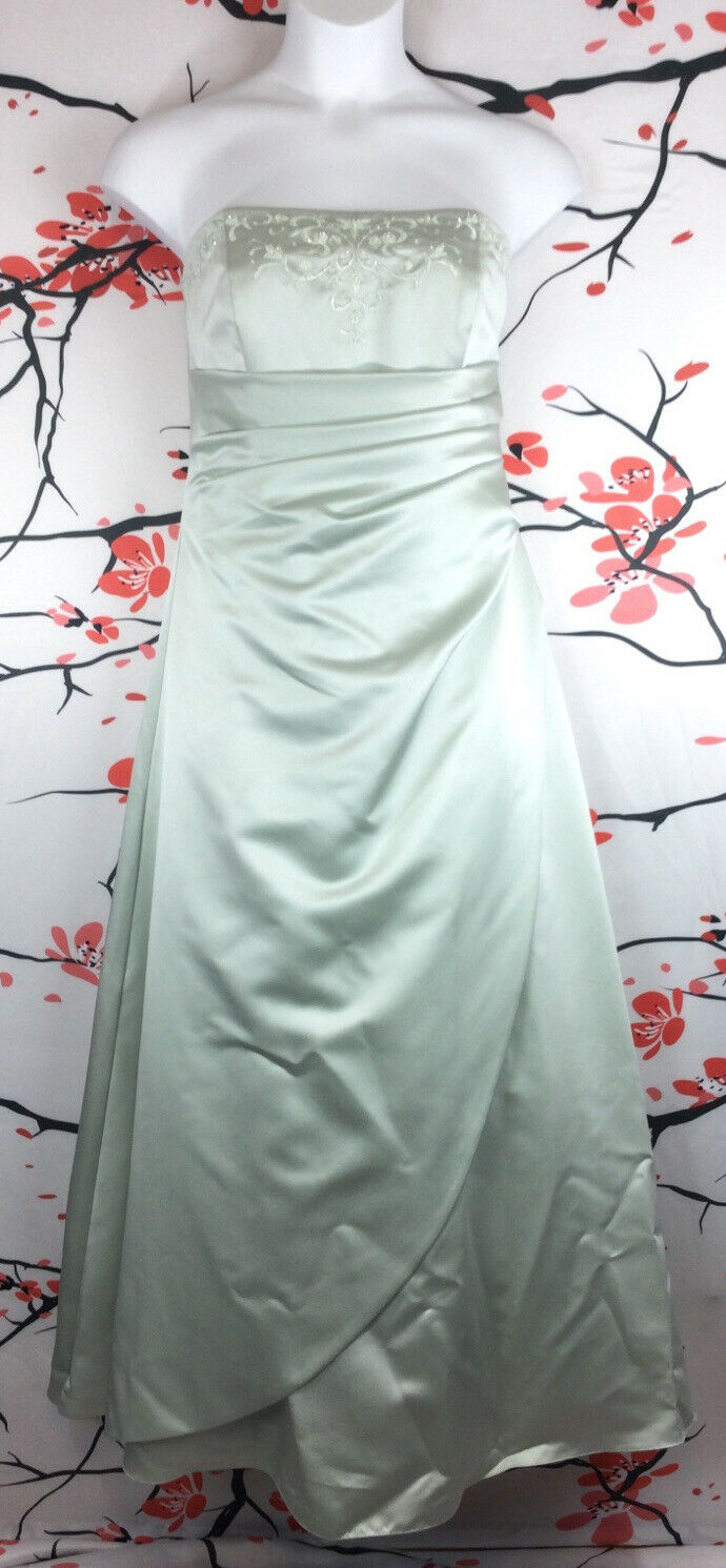 Davids Bridal Size 14 Mint Strapless Embroidered Beads Ruched Shawl Formal Dress