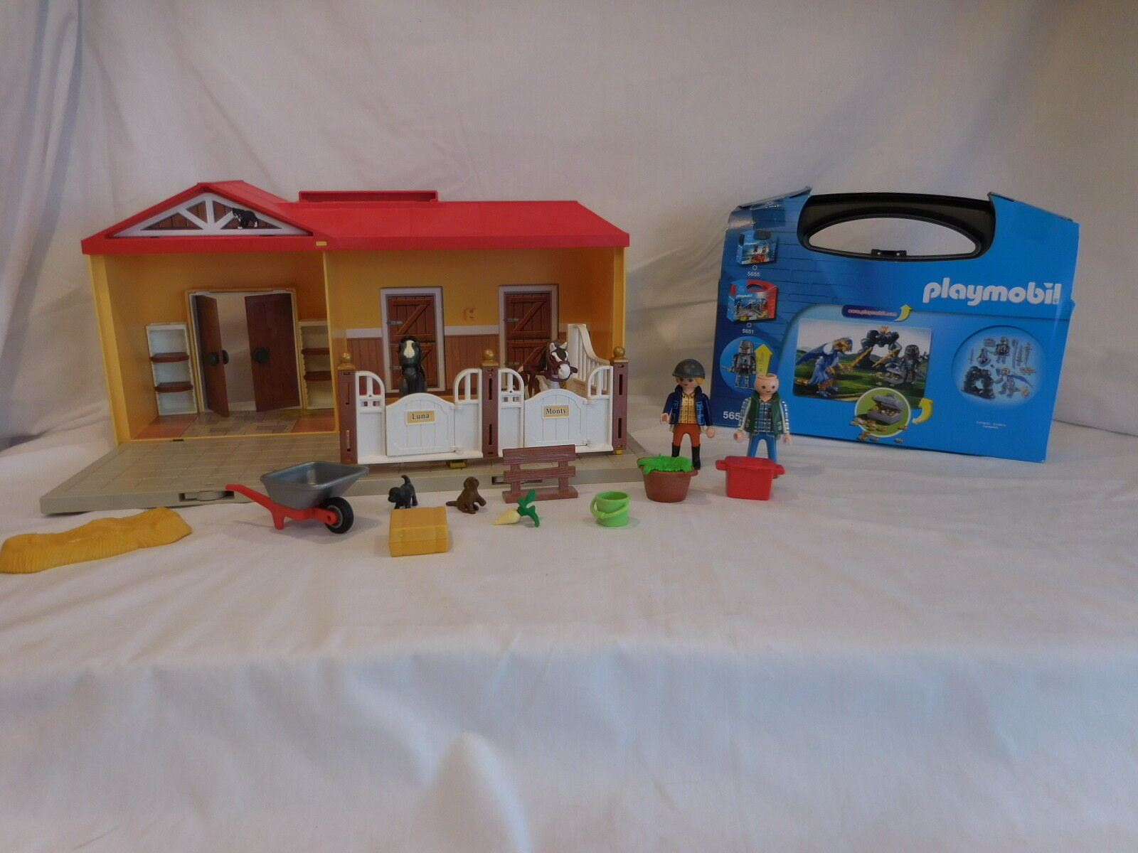 Playmobil 5657 Knights Fantasy Dragon Knights Battle Carry Case