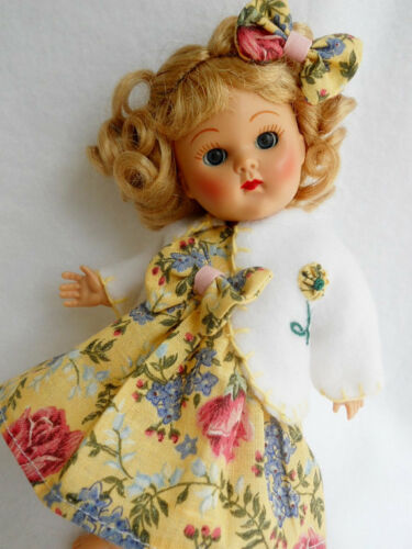 """YELLOW FLORAL Doll Dress Hairbow /& Coat For 8/"""" Vogue Ginny"""