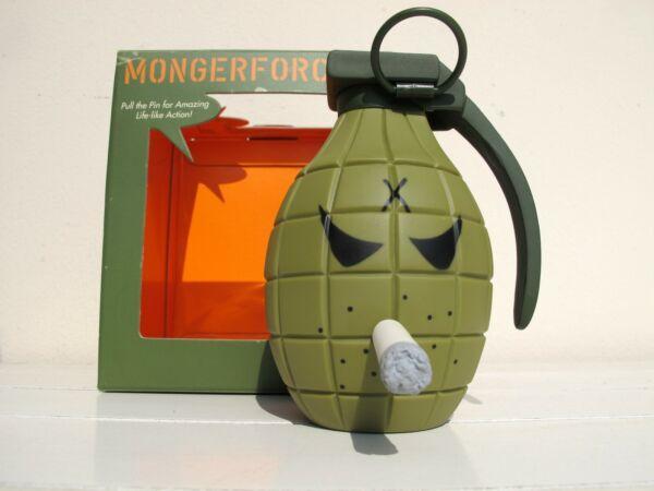 Amichevole Kidrobot Sarge Mongerforce Frank Kozik Hand Granade Vinyl Toy Designer Art Urban