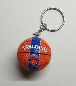 NBA-Basketball-New-York-KNICKS-Spalding-Ball-KEY-CHAIN-Ring-Keychain-NEW