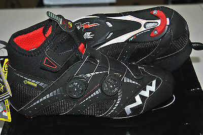 Scarpe NORTHWAVE CORSA EXTREME WINTER GTX Black//SHOES NORTHWAVE EXTREME