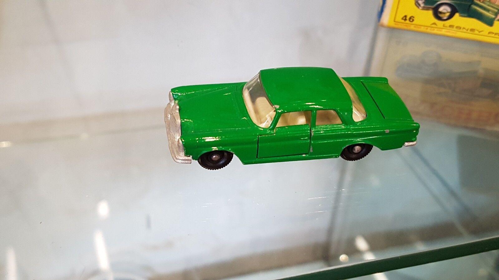 Matchbox Lesney series 46 Mercedes Se Coup