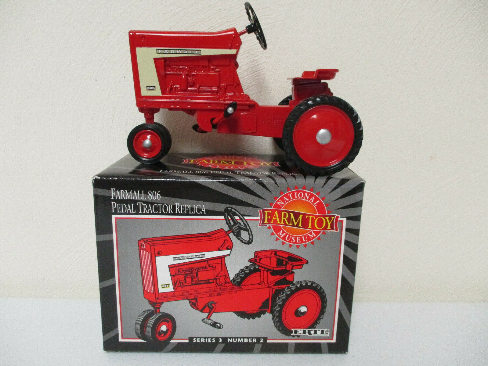 Farmall 806 Pedal Tractor REPLICA National Farm Toy Museum Edition by Ertl  !