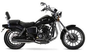 junak m11 cruiser bike 125 ccm 4 takt chopper motorrad. Black Bedroom Furniture Sets. Home Design Ideas