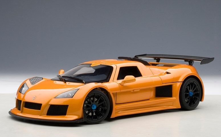 71302 Autoart 1 18 Gumpert Apollo S métallisé Orange
