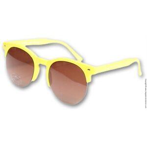 e69e4228ff3 Paire de lunettes de soleil   lunette solaire - IYÜ Design ...