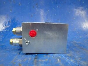 Lift-Cylinder-Vickers-631AA00136A