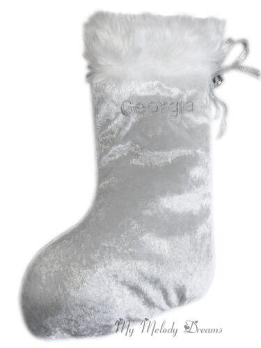 Nouveau Personnalisé Noël Blanc Stocking Jingle silver bell toute couleur de police