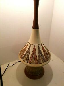 Vintage-MCM-Table-Lamp-1960-039-s-1970-039-s-Mid-Century-Brown-Geometric-Ceramic-Wood