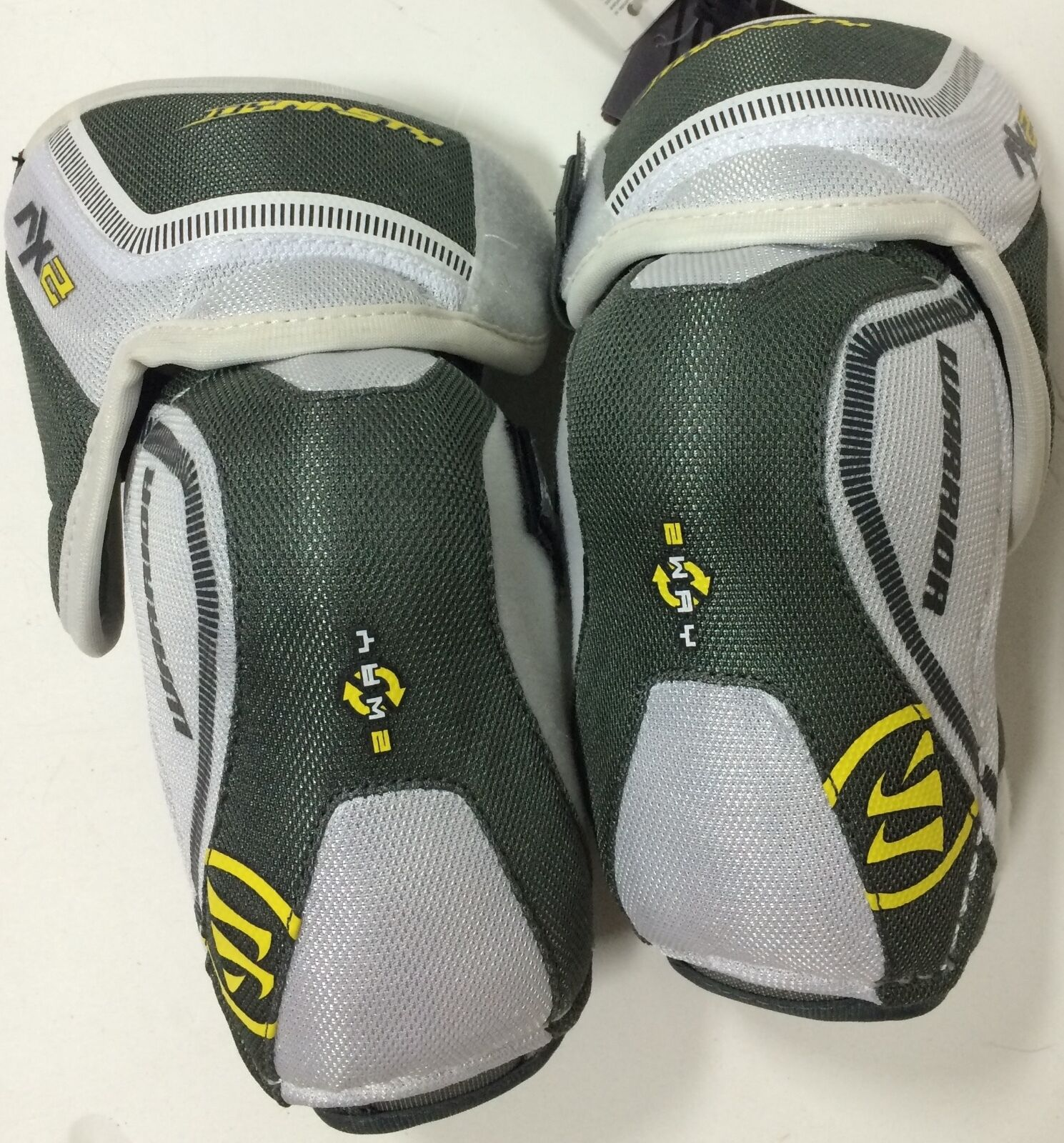 Warrior Dynasty AX2 Elbow Pads Junior Sizes 1000 - HIS