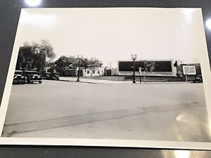 HISTORIC PHOTO HOLLYWOOD CORNER OF SUNSET VINE SIGNAGE CARS BILLBOARD LAMP POST