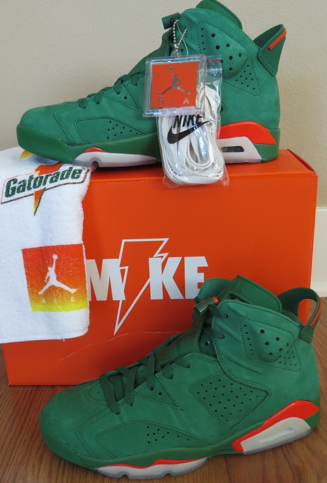 Nike AIR JORDAN 6 VI RETRO  AJ5986-335 Pine Green Gatorade x SZ  9.5 New W Rec.