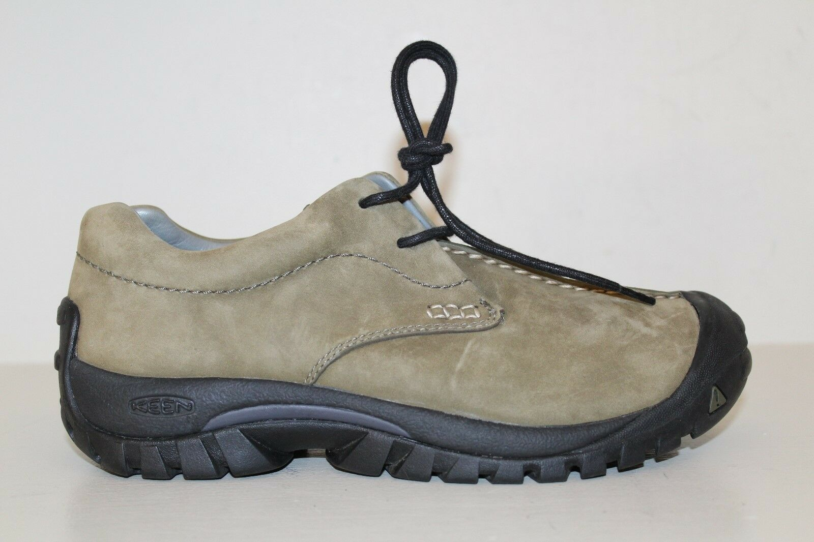 KEEN Womens Oxford Sneaker shoes Sz 7 Brown Nubuck Leather Casual Lace Up