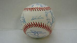1999-Atlanta-Braves-Team-Signed-Baseball-PSA-DNA-Bobby-Cox-Tom-Glavine-Jones