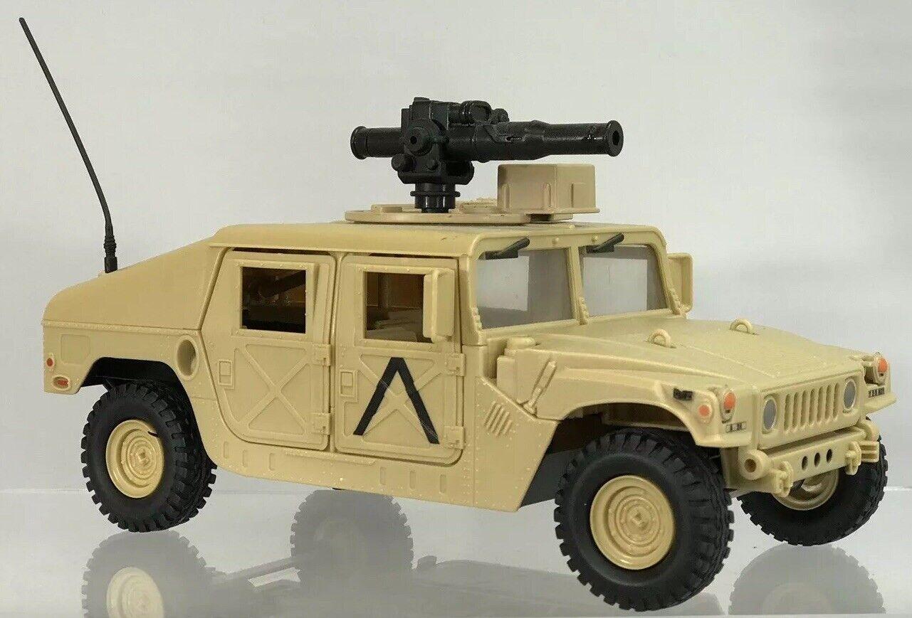 Vintage GI Joe Desert Humvee  Tan 3.75  Figure Near Complete 2005 Valor Venom  meilleurs prix