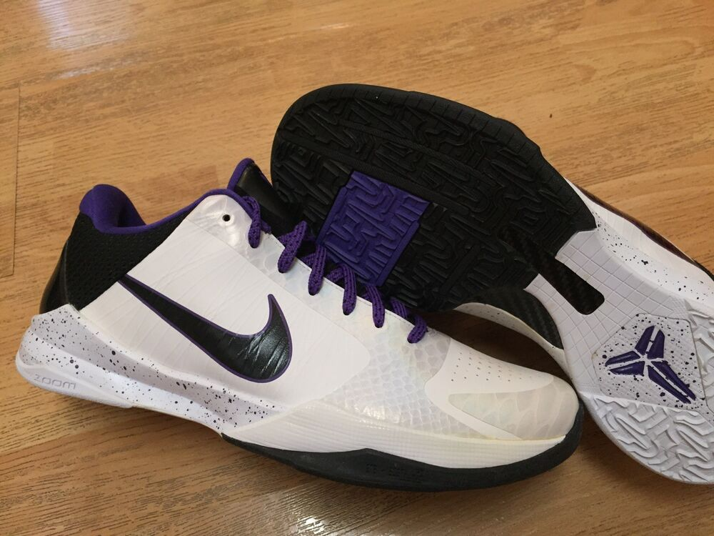 2009 NIKE ZOOM AIR KOBE V INLINE blanc noir DEL SOL LAKERS 11 BASKETBALL chaussures