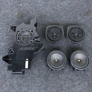 Original-Audi-A3-8P-3-Tuerer-BOSE-Soundsystem-Lautsprecher-Subwoofer-8P3035382A