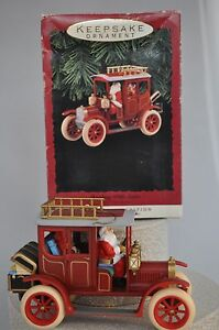 Hallmark-Shopping-With-Santa-20-Years-of-Ornaments-Anniversary-Edition