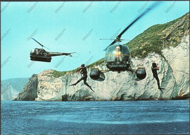 CARTOLINA D'EPOCA - COOPERAZIONE TRA ELICOTTERI e CARABINIERI SUBACQUEI - 1970