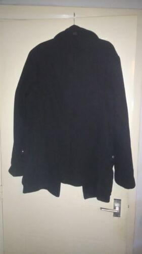 Homme Manteau noir Zara man taille M 40 tour de poitrine 2 poches sur le devant 80% laine 20% polyester