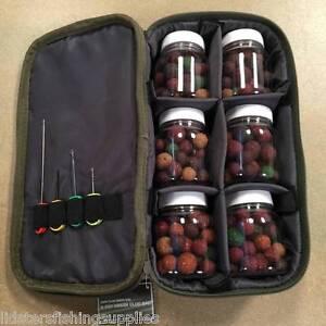 Peche-la-carpe-6-Pots-Appats-glug-sac-avec-melange-charnue-Boilies-4pc-ensemble-de-l-039-appatage