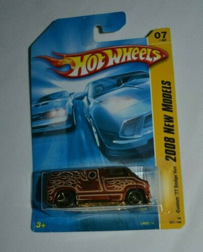 HOT WHEELS 2008 NEW MODELS CUSTOM 7//40 /'77 DODGE VAN BROWN WITH FLAMES