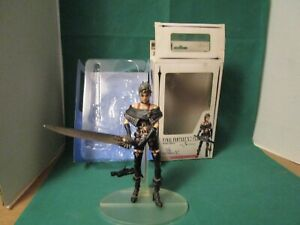 Final Fantasy X-2 Play Arts Paine No 3  Action Figure -  With Box