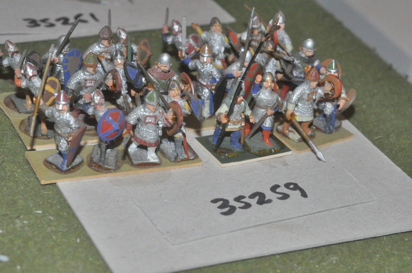25mm dark ages   norman - spearmen 24 figures - inf (35259)