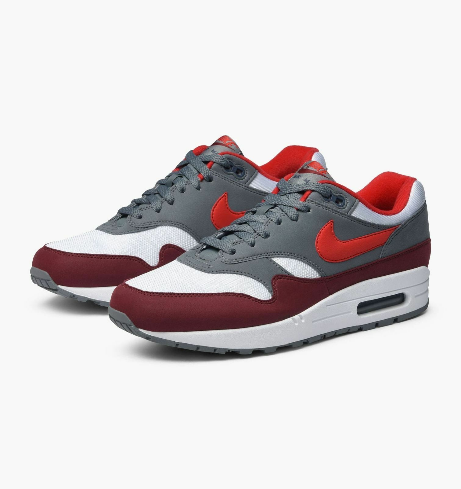 Nike Air Max 1 Mens Size 12 Skor Vit University Red Cool Gray AH8145 100