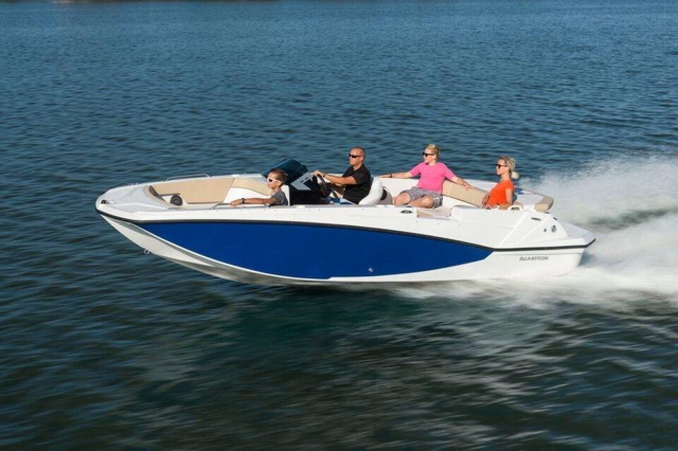Glastron GTDX 205, Motorbåd, årg. 2022