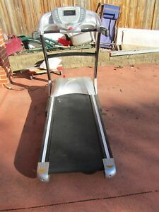 Vibelife-Treadmill-7117-Max-Pro-only-3-years-old-with-manual-very-solid