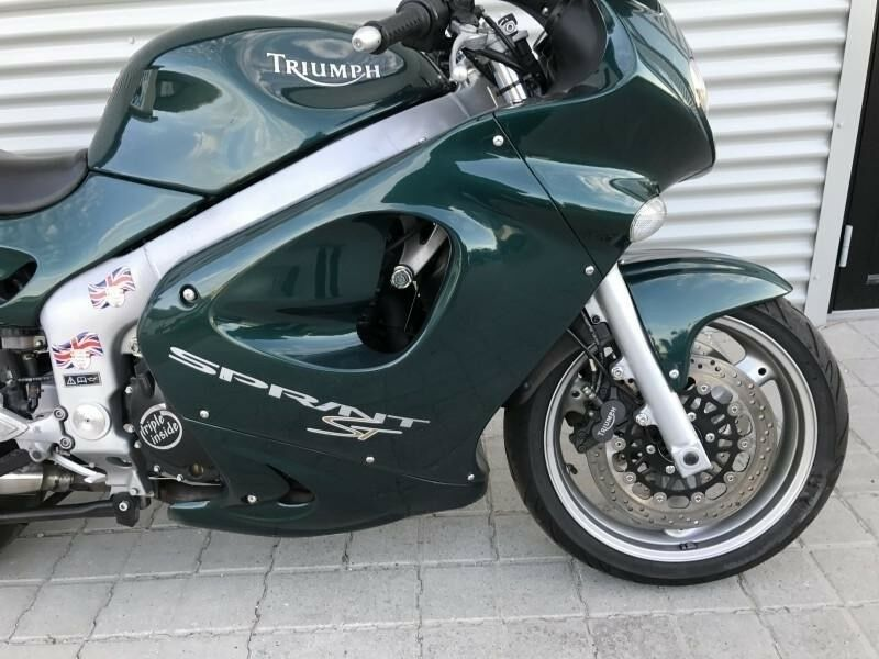 Triumph, Sprint ST 955i, 955