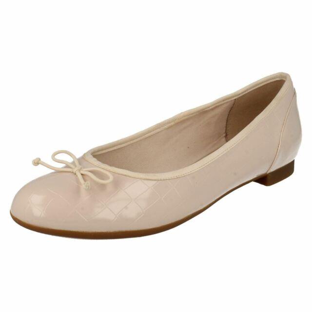 759b03396aec Ladies Clarks Flat Shoes With Bow Detail Couture Bloom UK 5.5 D Nude ...