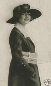 ANTIQUE-ADVERTISING-VINTAGE-FLAPPER-BOX-CHOCOLATES-JOHNSTON-039-S-BRUNETTE-OLD-PHOTO