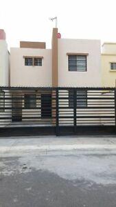 Casa en Renta en Las Lomas( Amueblada )