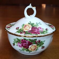"""Royal Albert Old Country Roses 1962 Rare Covered Bowl  4.5"""" MINT Condition"""
