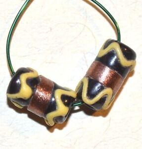 Antique-Venetian-Small-Black-Wedding-Cake-Beads-W-Gold-Decoration-African-Trade