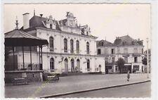 CPSM 72500 CHATEAU DU LOIR place Hôtel de Ville Edit GALLOIS