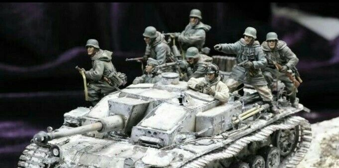 1 35 1 35 Resin Panzer Stug Crew Riders 8 Figures World War II Figures Model Kit