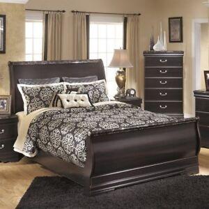 Ashley Esmarelda Wood Queen Sleigh Bed In Merlot Ebay