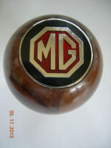 MG MGB  WALNUT WOOD GEAR SHIFT KNOB WITH METAL MG EMBLEM METAL THREAD 77-80