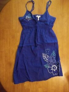 CUTE-GIRL-039-S-DARK-BLUE-SUMMER-DRESS-FLORAL-EMBROIDERED-SIZE-S-P-AEROPOSTALE