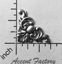 22313        2 Pc  Brass Oxidized Victorian Filigree Corner Finding