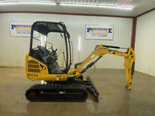 2014 Cat 3024d Mini Hydraulic Excavator With Orops Standard Flow