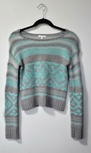 DELIAS WOMENS SWEATER SIZE XS. some strings popping out but looks brand new