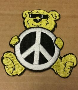 """Peace Sign Love Bus~Surfer~Embroidered Patch~4 1//8/"""" x 2 3//4/""""~Iron Or Sew On"""