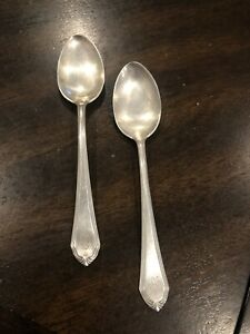 2-International-Silver-Sterling-Shirley-Pattern-Spoons-Made-1910