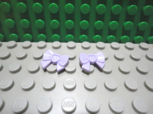 Lego mini figure 2 Lavender friends accessories Bow with heart ribbon /& pin NEW