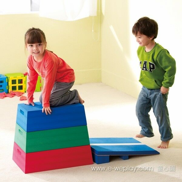 WePlay - Foam Vaulting Box and Foot board Set for 3 years and up